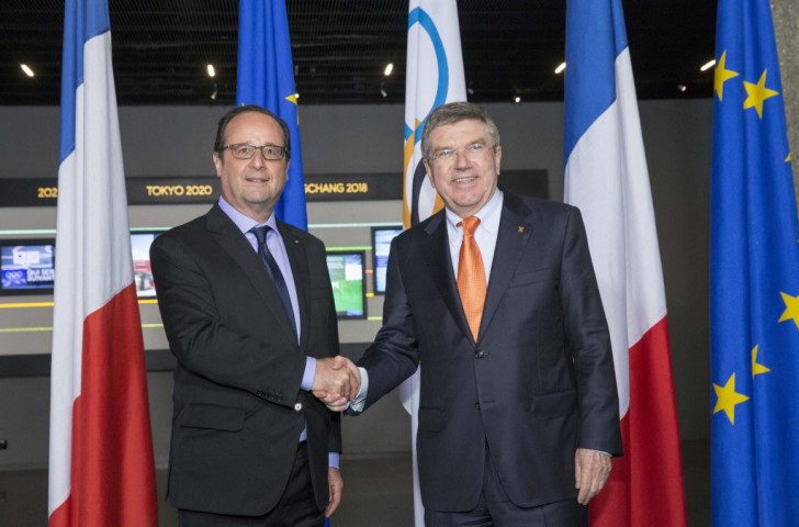 French President François Hollande and the IOC President Thomas Bach met at the Olympic Museum in Lausanne to discuss Paris' proposed bid for the 2024 Olympics and Paralympics