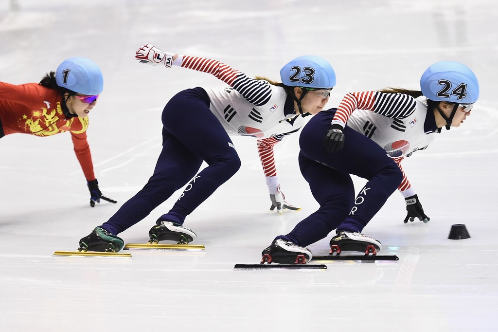 Choi and Park lead South Korean short track double at Sapporo 2017
