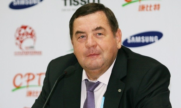 Vasily Shestakov believes airline staff should learn sambo ©FIAS