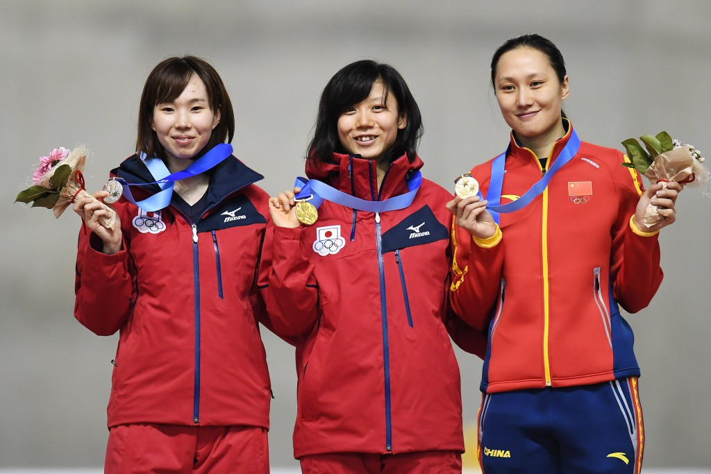 Zhang Hong won a speed skating bronze medal despite finishing in fifth position ©Getty Images