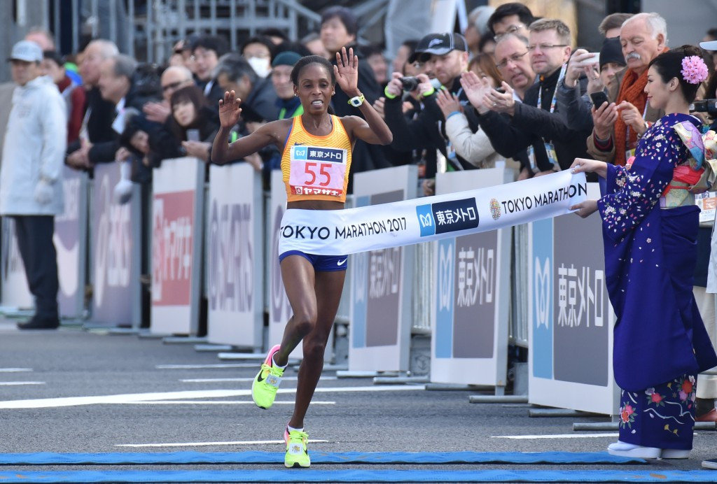 Kipsang misses WR in brilliant sub 2:04 Tokyo victory