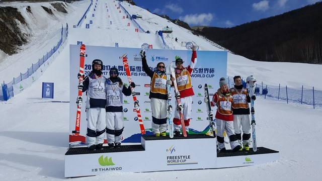 Kingsbury and Cox cap off moguls World Cup dominance with wins