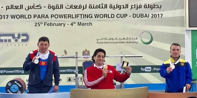 Jordan's Mohammad Tarbash, centre, was victorious in the men's up to 59kg category at the Powerlifting World Cup in Dubai today ©Jordan Olympic Committee