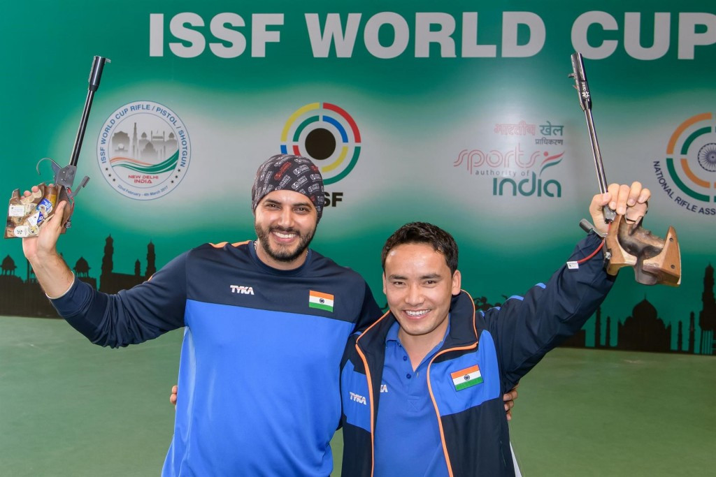 Local hero shoots world record to win gold at ISSF World Cup