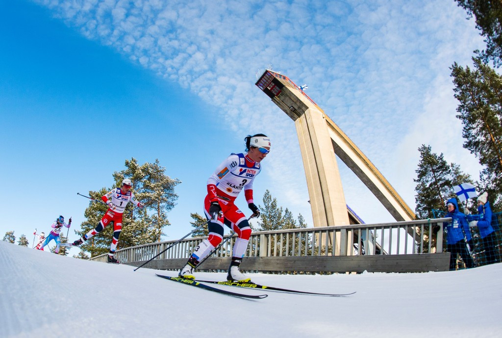 Marit Bjørgen, right, led a Norwegian clean sweep today in Lahti ©Getty Images