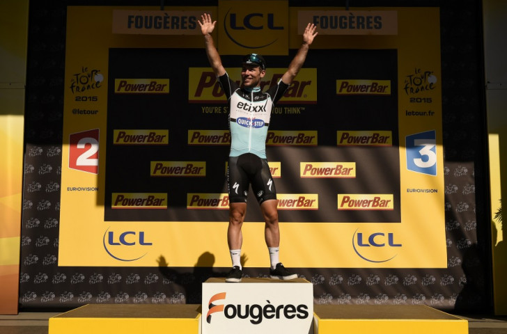 Cavendish ends Tour de France drought by sprinting to stage seven win as fellow Briton Froome assumes race lead