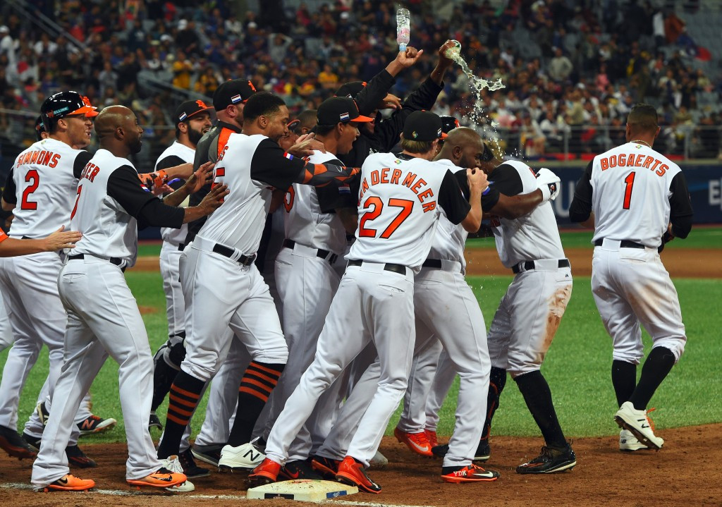 Netherlands and Israel through to World Baseball Classic second round