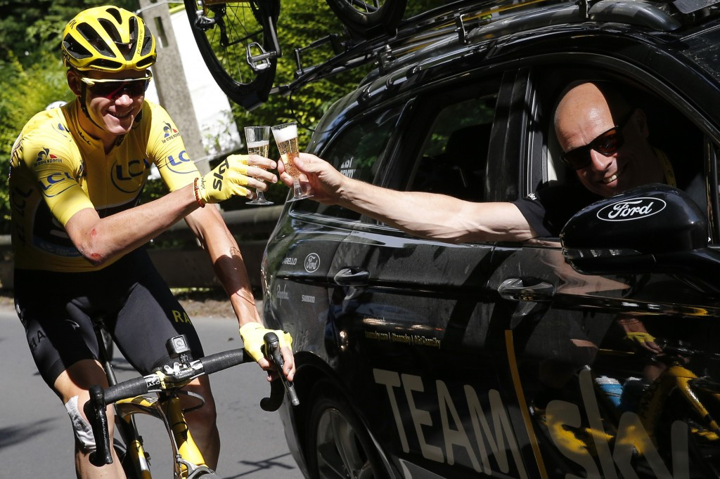 Froome offers belated support for Team Sky principal Brailsford
