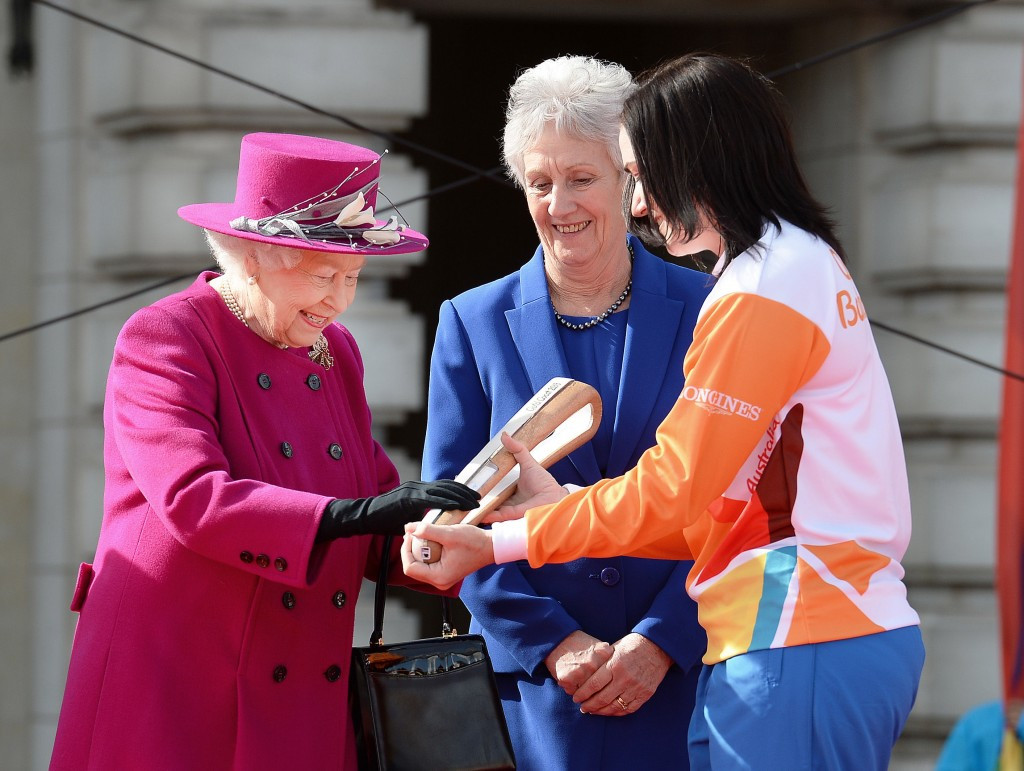 gold coast 2018 queen 39 s baton relay launched at buckingham palace. Black Bedroom Furniture Sets. Home Design Ideas