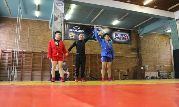 Chinese sports experts take part in Sambo training camp in Moscow
