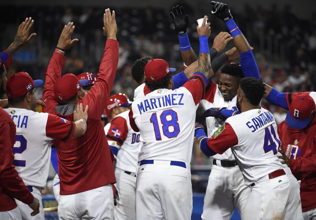Dominican Republic boost semi-final chances at World Baseball Classic