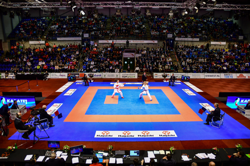 The Topsportcentre sports hall played host to 14 gold medal bouts today ©WKF