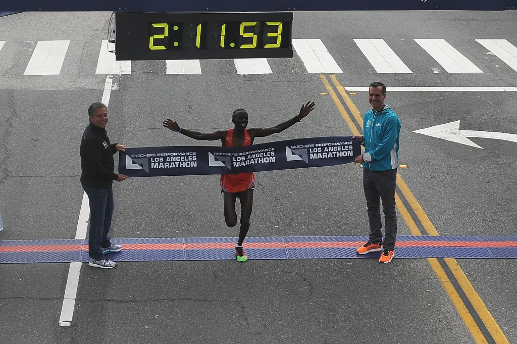 Kenya's Elisha Barno won the Los Angeles Marathon in a race which had 24,000 runners ©Getty Images