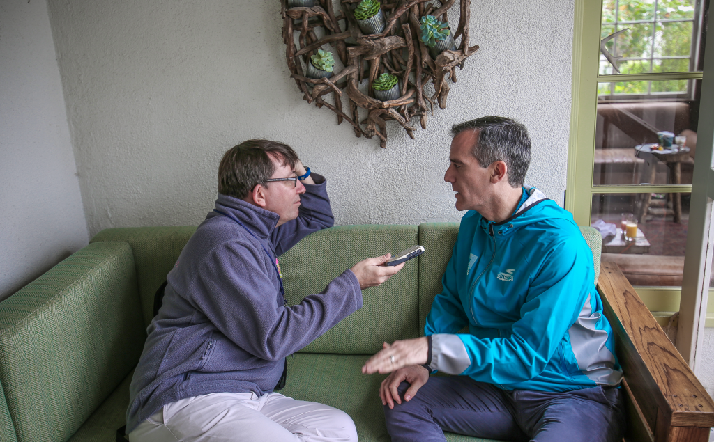 Los Angeles Mayor Eric Garcetti, right, tells insidethegames editor Duncan Mackay why his city should host the 2024 Olympic and Paralympic Games and not wait until 2028 ©LA Mayor
