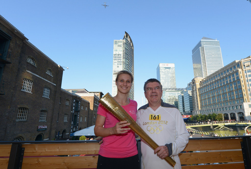 Thomas Bach, right, pictured with IOC and DOSB Athletes' Commission member and fellow fencer Britta Heidemann during the London 2012 Torch Relay ©Getty Images