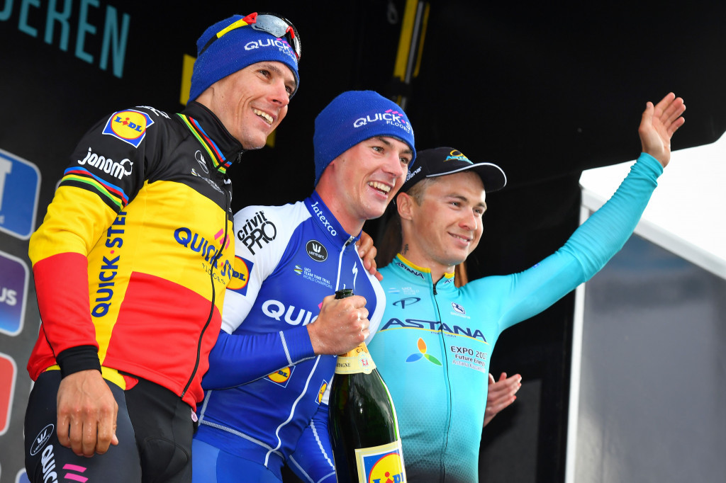 Lampaert wins men's Dwars door Vlaanderen title