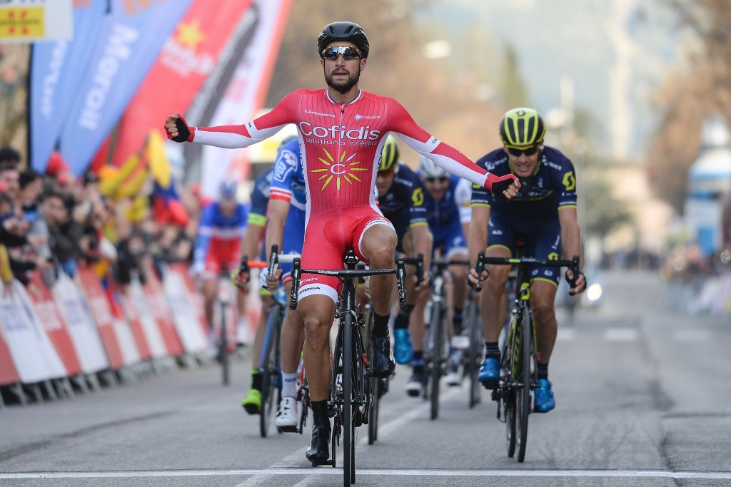 Bouhanni wins snow affected stage of Volta a Catalunya