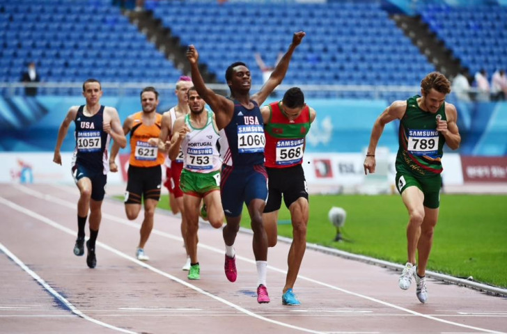 United States' Shaquille Walker claimed a superb and surprising 800m victory today ©Gwangju 2015