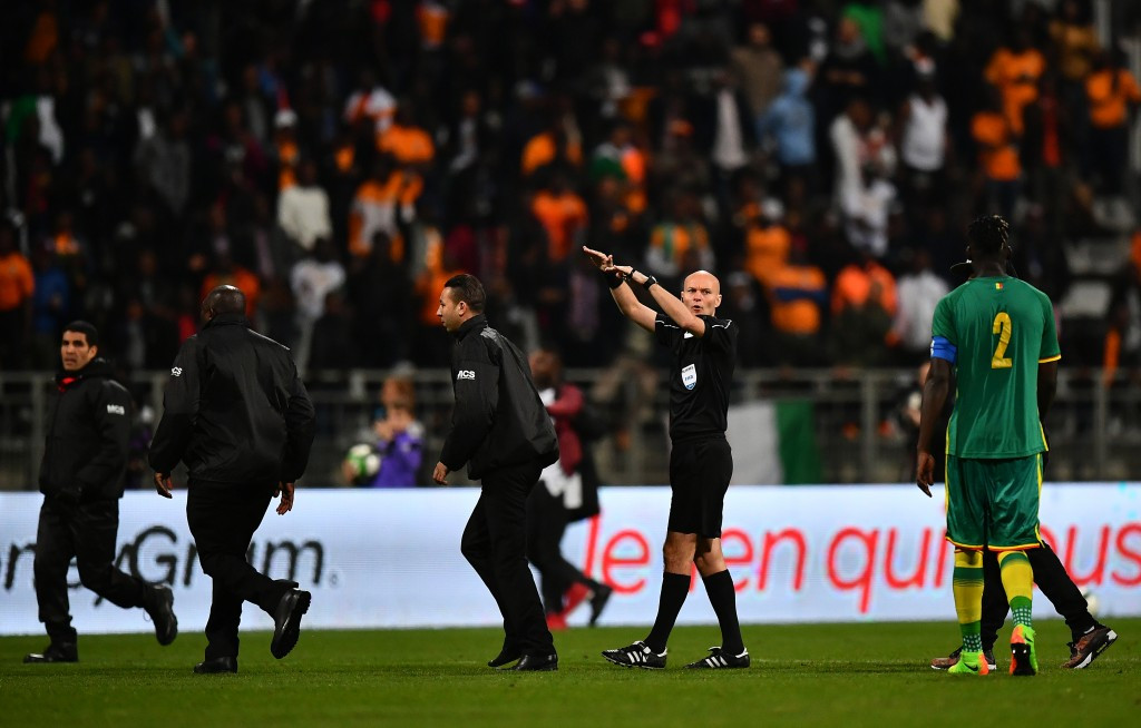Pitch invasion causes abandonment of football friendly between Senegal and Ivory Coast