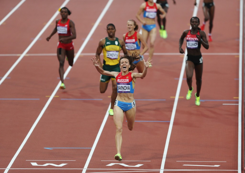 Russia Mariya Savinova crossed the line in front of South African Caster Semenya in the 800m ©Getty Images