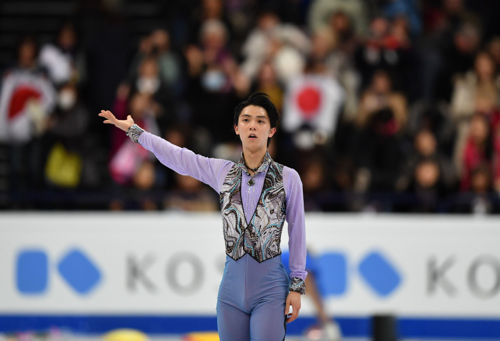Olympic gold medallist from Sochi 2014 Yuzuru Hanyu is currently fifth after scoring 98.39 points ©Getty Images
