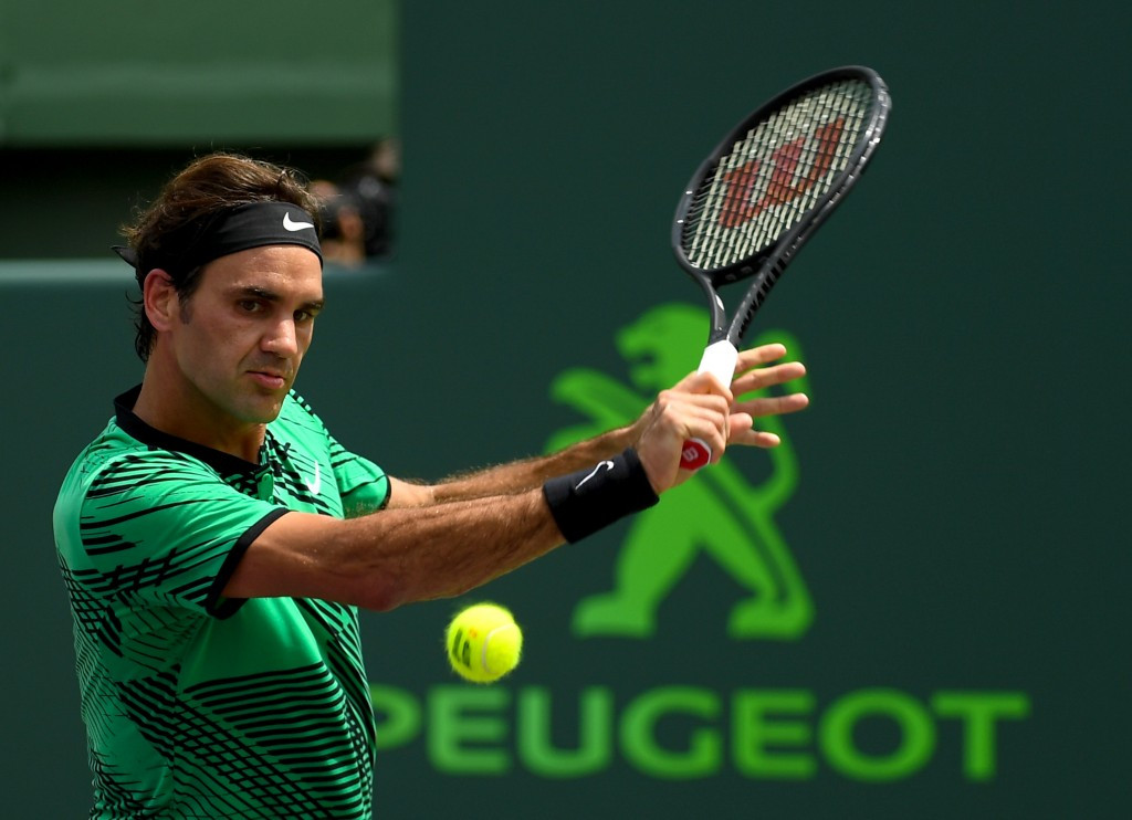 Roger Federer claimed a 6-3, 6-4 win to lift his third title of the year ©Getty Images