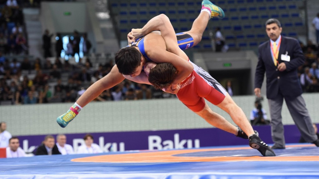 Azerbaijan bounce back on day two of Baku 2015 wrestling test event to delight of home crowd