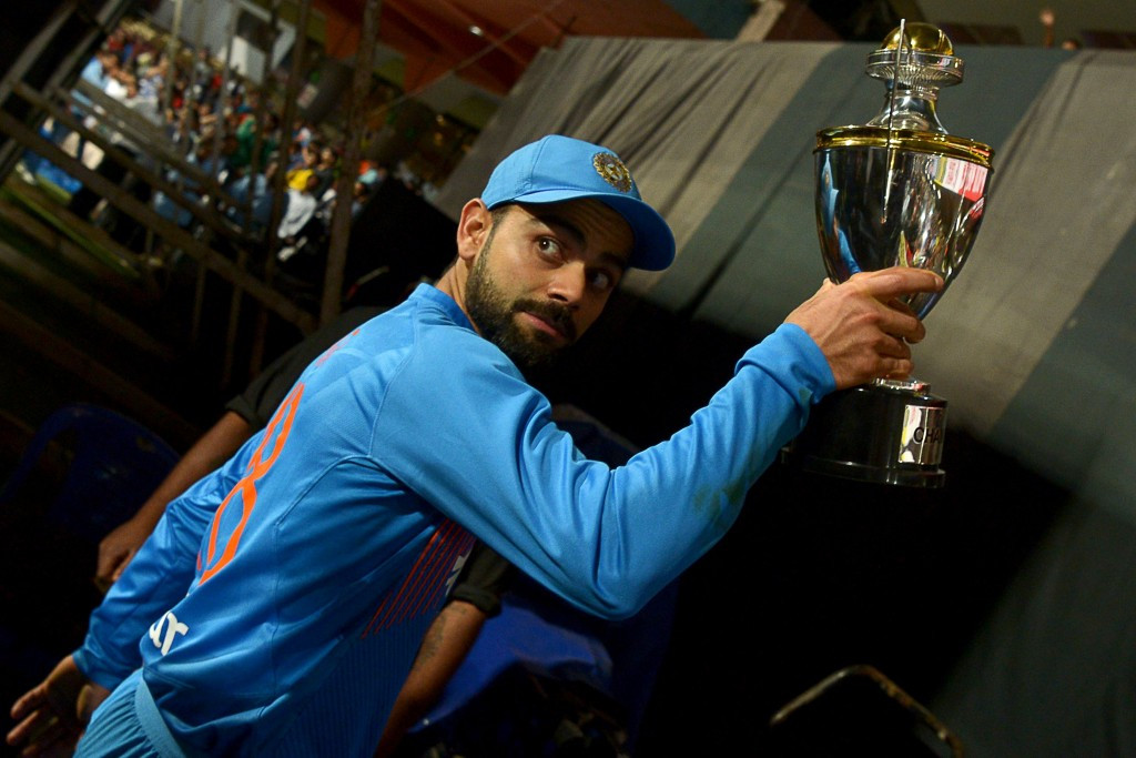 Kohli and Perry named leading cricketers of the year