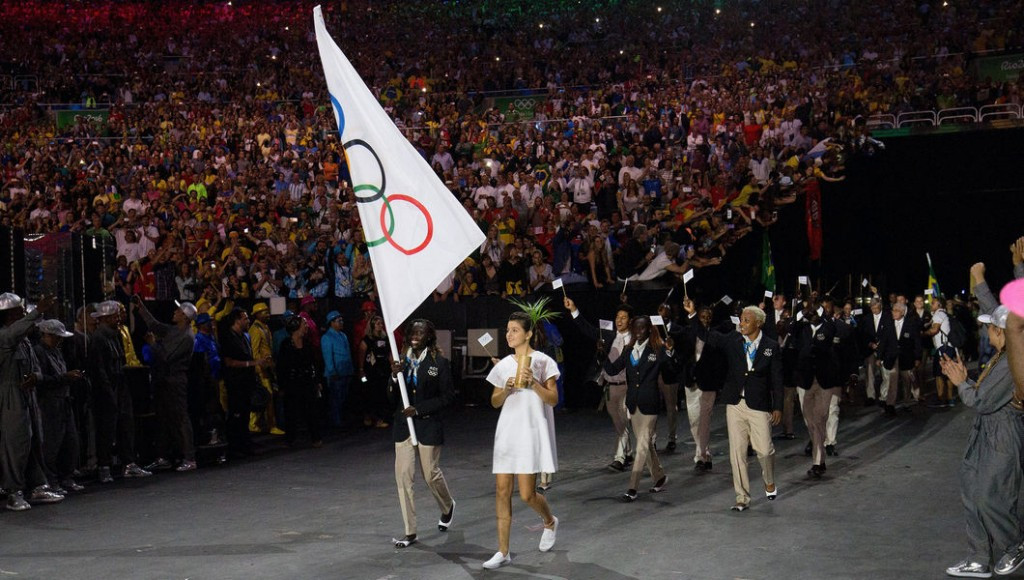 Bach praises Refugee Olympic Team on International Day of Sport for Development and Peace