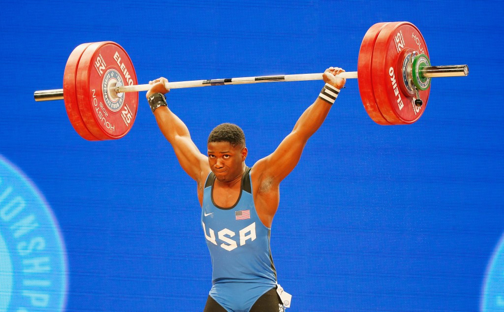 Clarence Cummings Jr managed to lift 185kg in the clean and jerk stage ©Getty Images