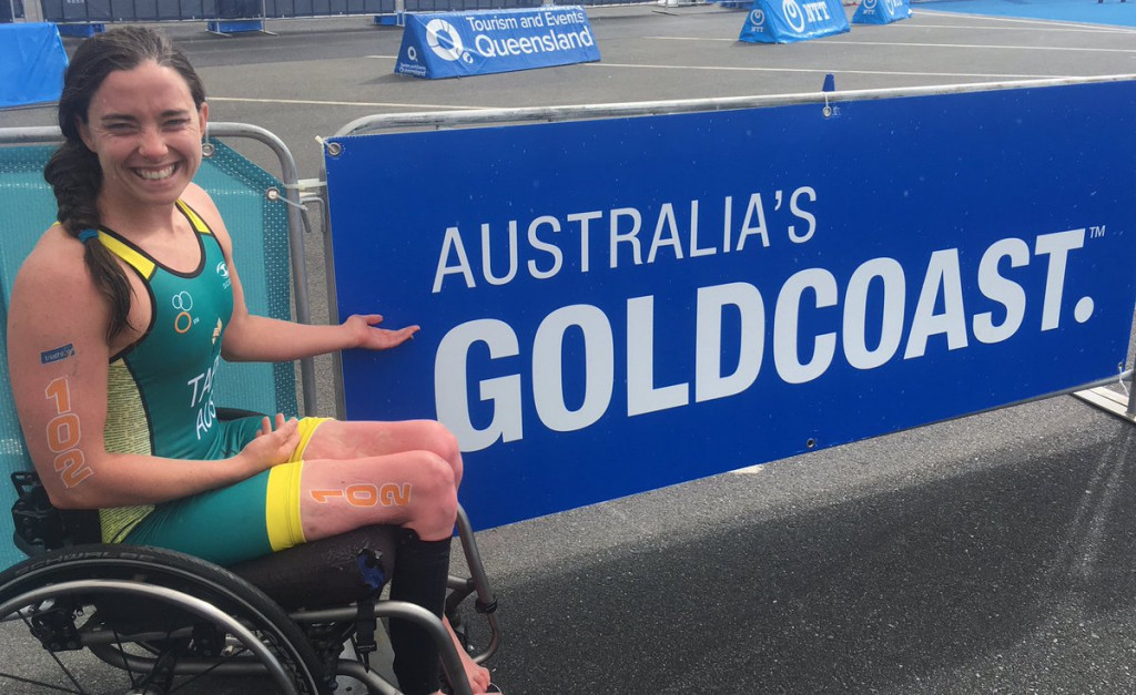 Emily Tapp earned a place on Australia's Gold Coast 2018 team by winning the women's handcycling event ©Triathlon Australia