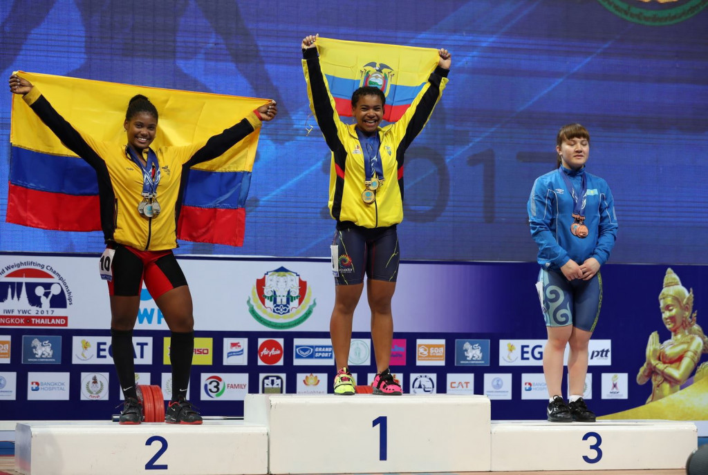 Ecuador's Angie Paola Palacios Dajomes led a South-American one-two in the women's 69kg competition as action continued today at the IWF Youth World Championships in Thailand's capital Bangkok ©IWF/Facebook