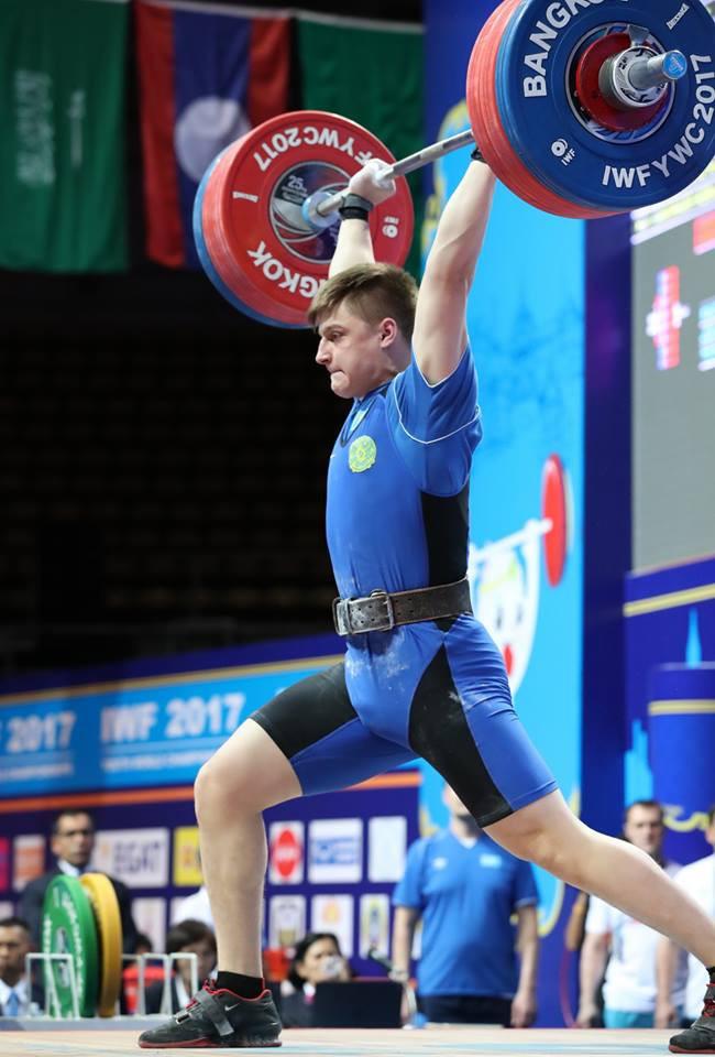 Kazakhstan's Artyom Antropov won the men's 85kg competition ©IWF/Facebook