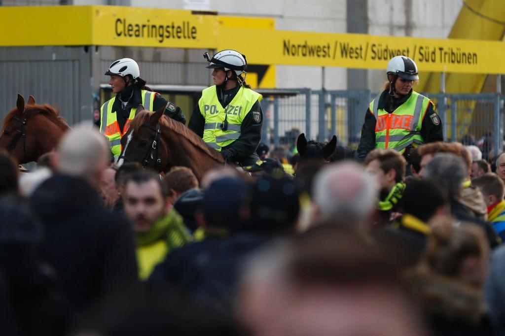 Explosions hit Borussia Dortmund team bus before Champions League quarter-final