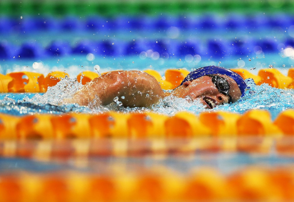 Britain's Ellie Simmonds suffered a shock defeat as she relinquished her grasp on the S6 400m freestyle crown to Ukraine's Yelyzaveta Mereshko