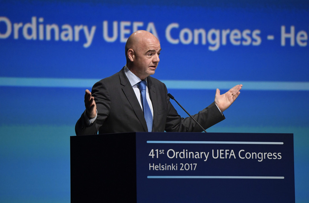 Chung Mong-joon claims new President Gianni Infantino can help change FIFA but said many of Sepp Blatter's old guard remain within the governing body ©Getty Images