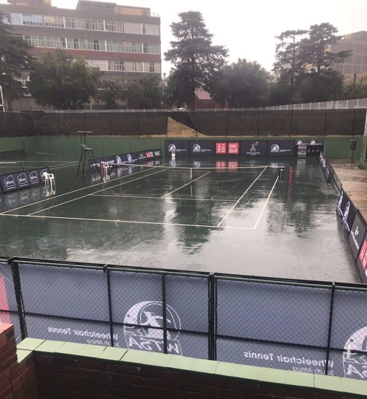 Rain forces play on penultimate day of South Africa Open to be abandoned
