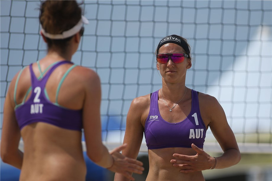 Austrian twin sisters through to maiden FIVB Beach World Tour semi-final