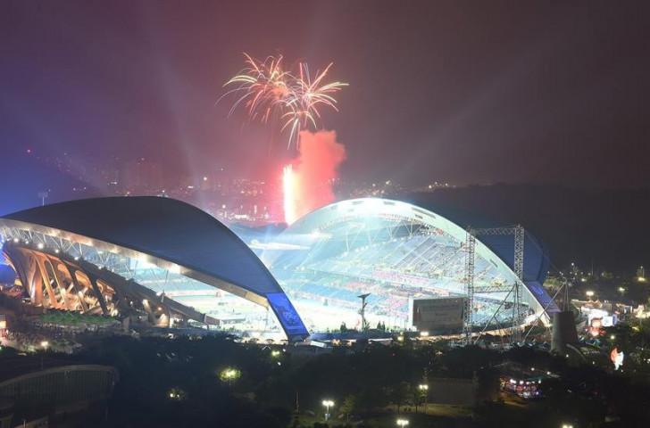 Fireworks mark the Closing Ceremony of the Gwangju 2015 Summer Universiade ©Gwangju 2015