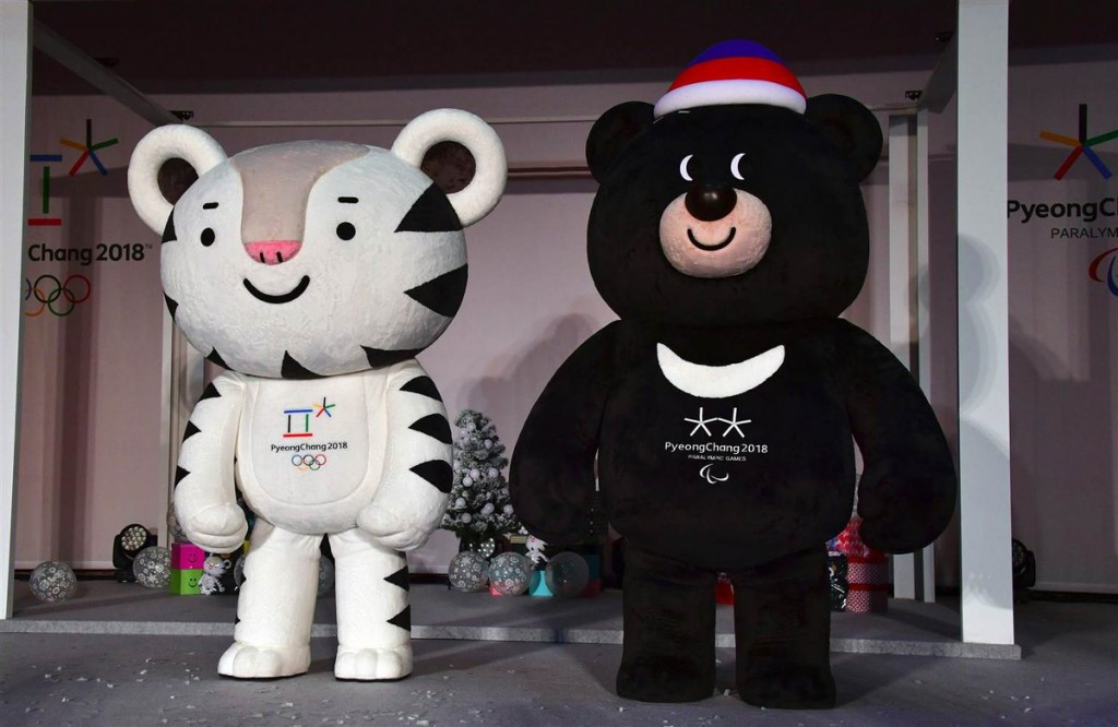 Pyeongchang 2018 mascots Soohorang, left, and Bandabi, right, will help the King Sejong Institute promote the Winter Olympic and Paralympic Games in the South Korean county ©Twitter