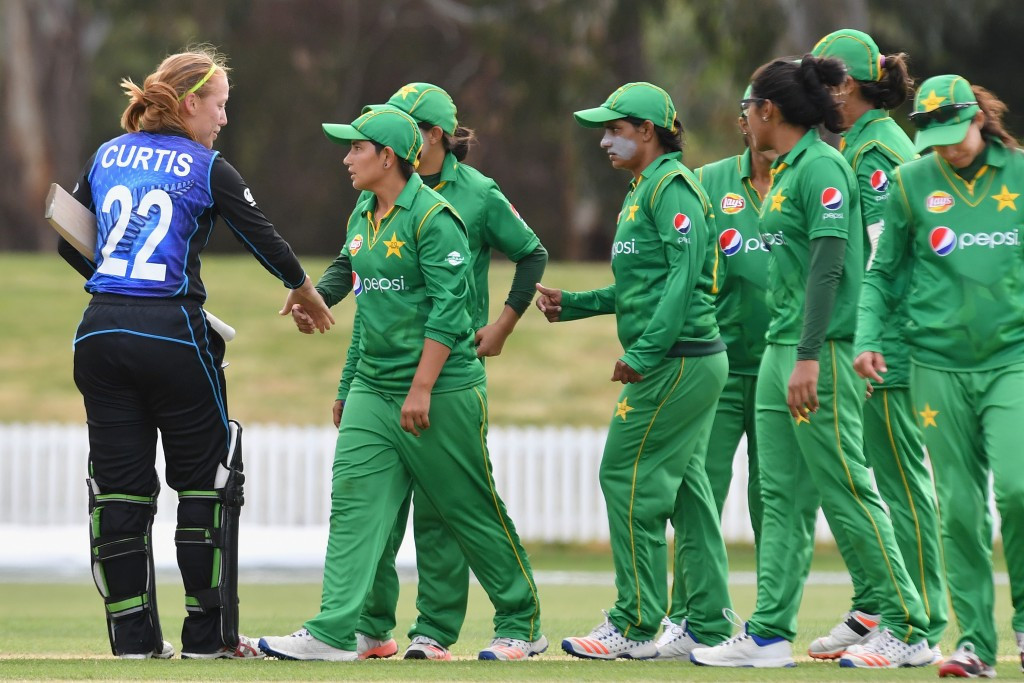 Pakistan name new coach and Women's Cricket World Cup squad
