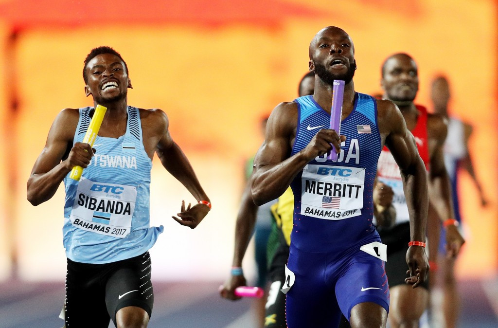 Former world and Olympic 400m champion LaShawn Merritt holds off 18-year-old Botswana runner Karabo Sibanda for a narrow men's 4x400m win in Nassau  ©Getty Images for IAAF