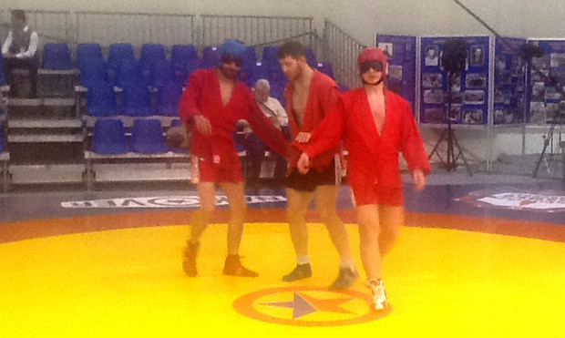 Helmets for visually impaired sambo tested in Moscow