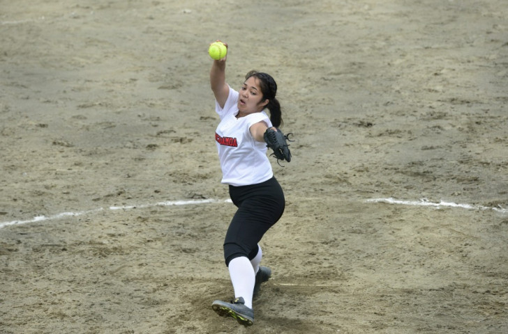 American Samoa's pitcher Kelly Osterbank gave up all the runs as her country lost 17-0 to Papua New Guinea on the opening day of softball action ©Port Moresby 2015