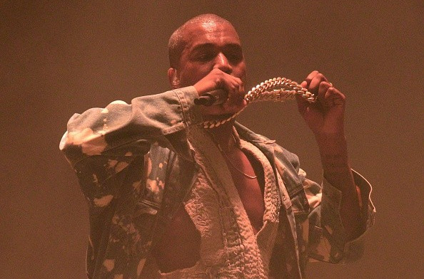 American rappers Kanye West and Pitbull to headline Toronto 2015 Closing Ceremony