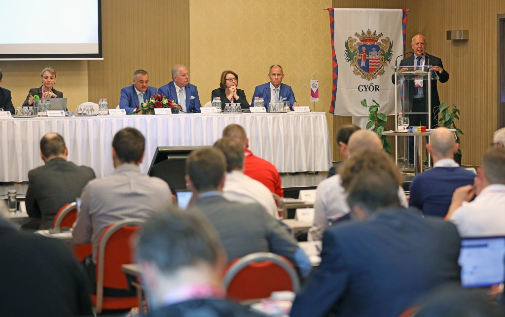 Presentations on preparations for the Games were given in the Hungarian city ©EYOF