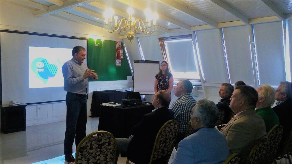 Argentinean Weightlifting Federation hold seminar to aid sport's growth in South America