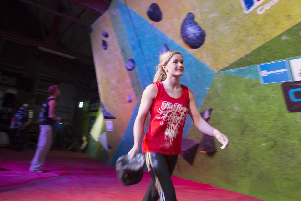 Coxsey among semi-final qualifiers at IFSC World Cup in Nanjing