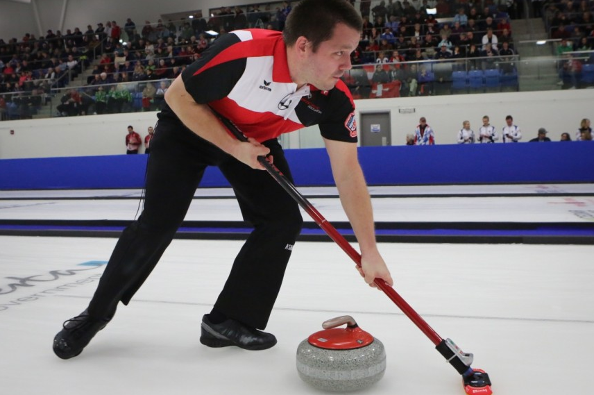 Canada takes silver in world mixed doubles