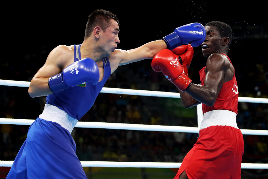 Olympic gold medallist Hasanboy Dusmatov comfortably progressed to the semi-finals of the light flyweight division ©Getty Images